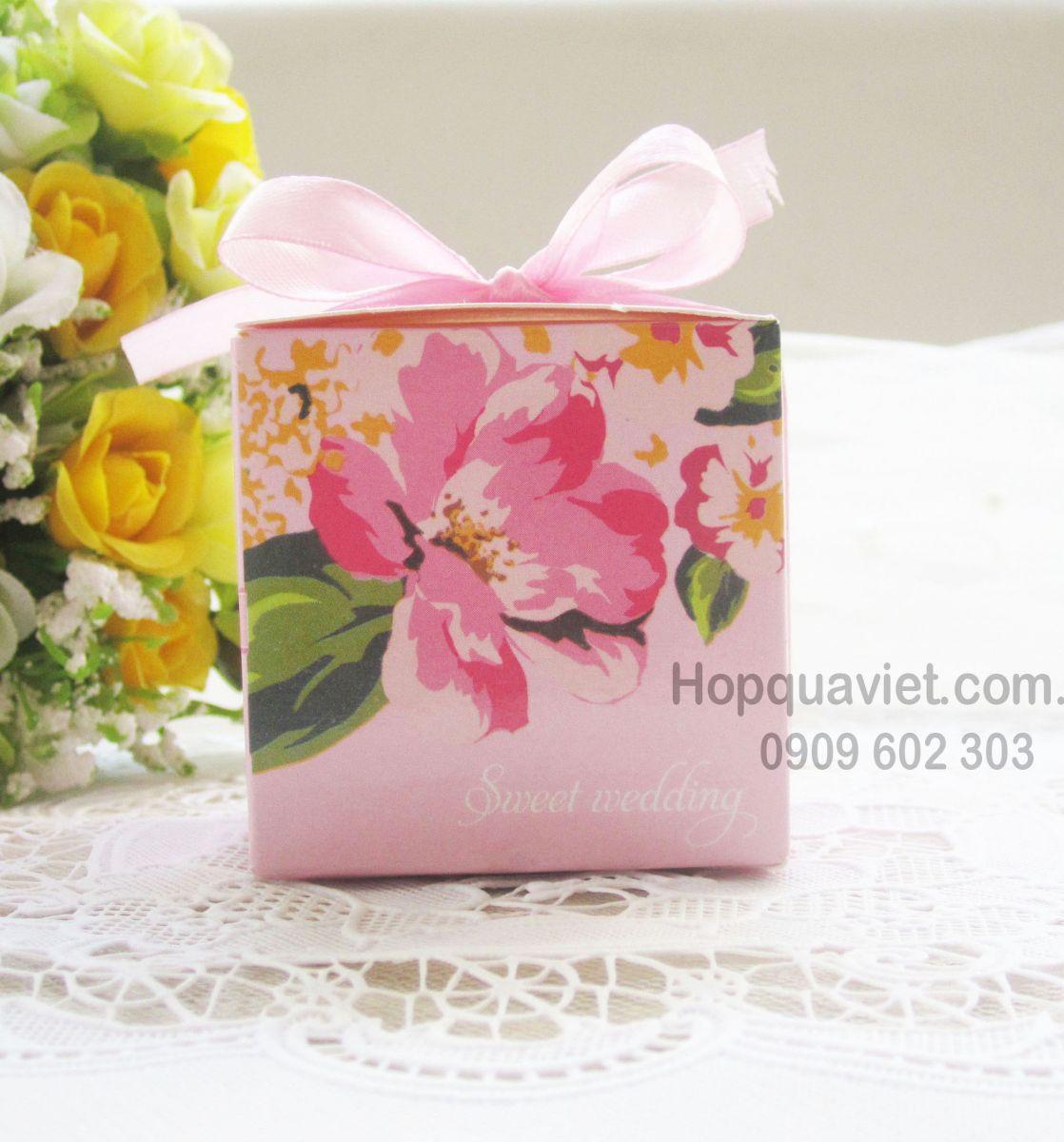 Cách xếp các hộp quà trong web hopquaviet.com.vn