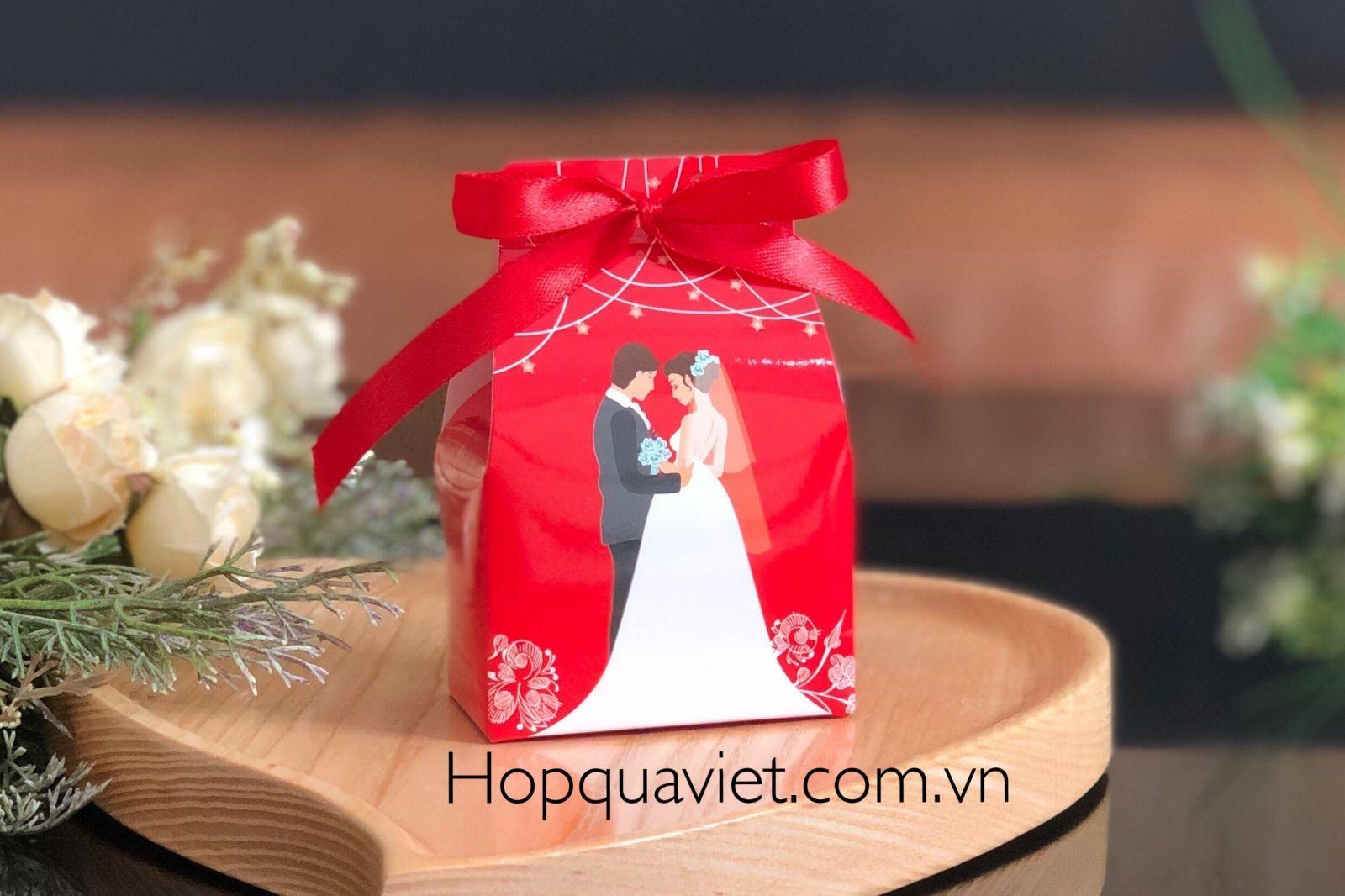 Hộp quà cưới chữ nhật nơ đỏ 9DN