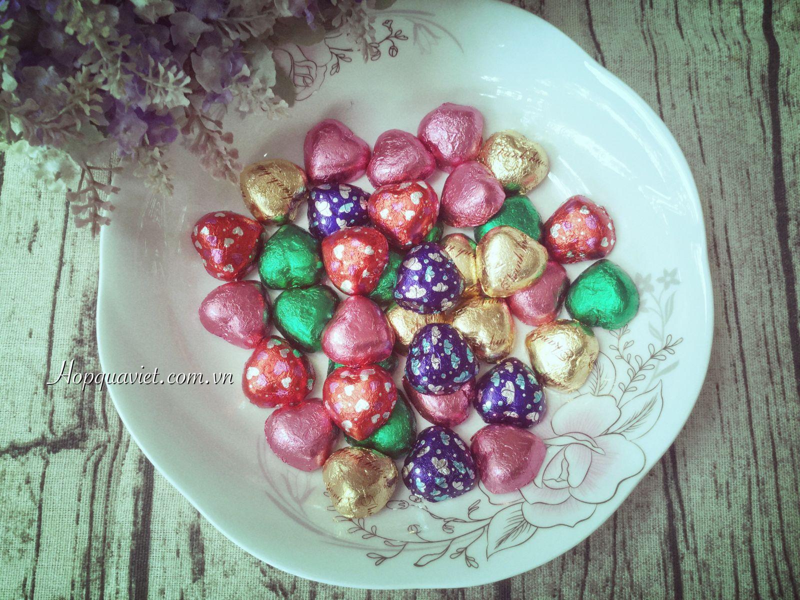 Quà tặng cưới chocolate tim