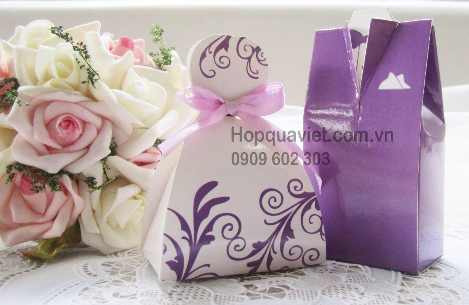 Hộp quà cưới cô dâu-chú rể nơ tím 4T