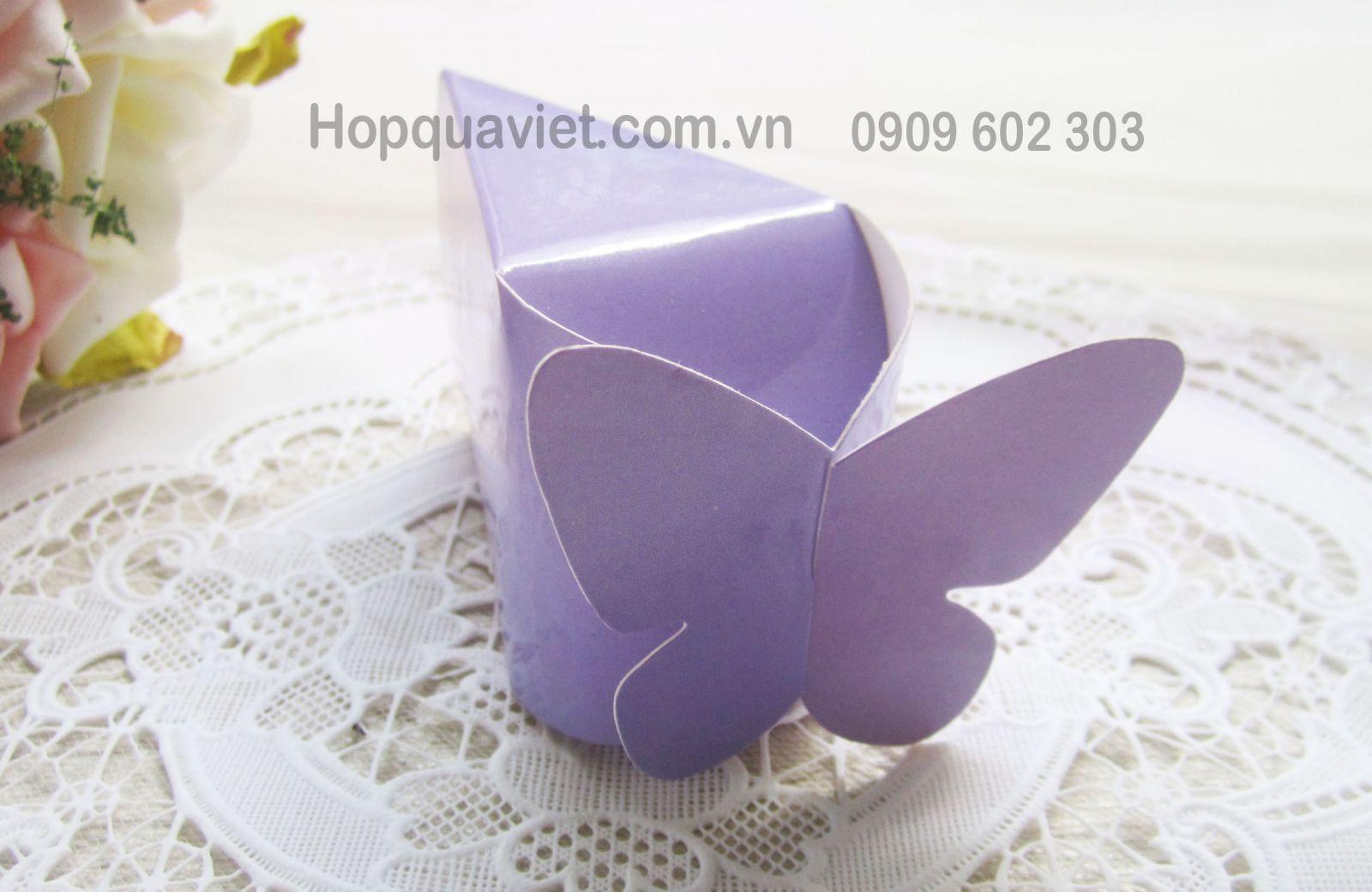 Hộp quà cưới bướm tím 7T